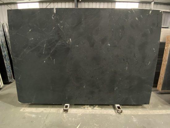 Obsidian Quartzite SL1275